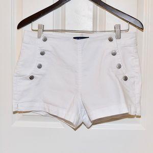 Blue Spice Size 9 White Khaki Shorts